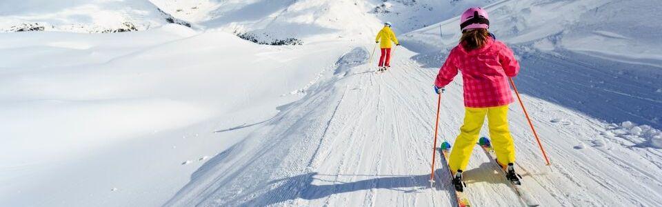 ทัวร์เกาหลี สกีรีสอร์ท สัมผัสความหนาว เล่นสกีหิมะ